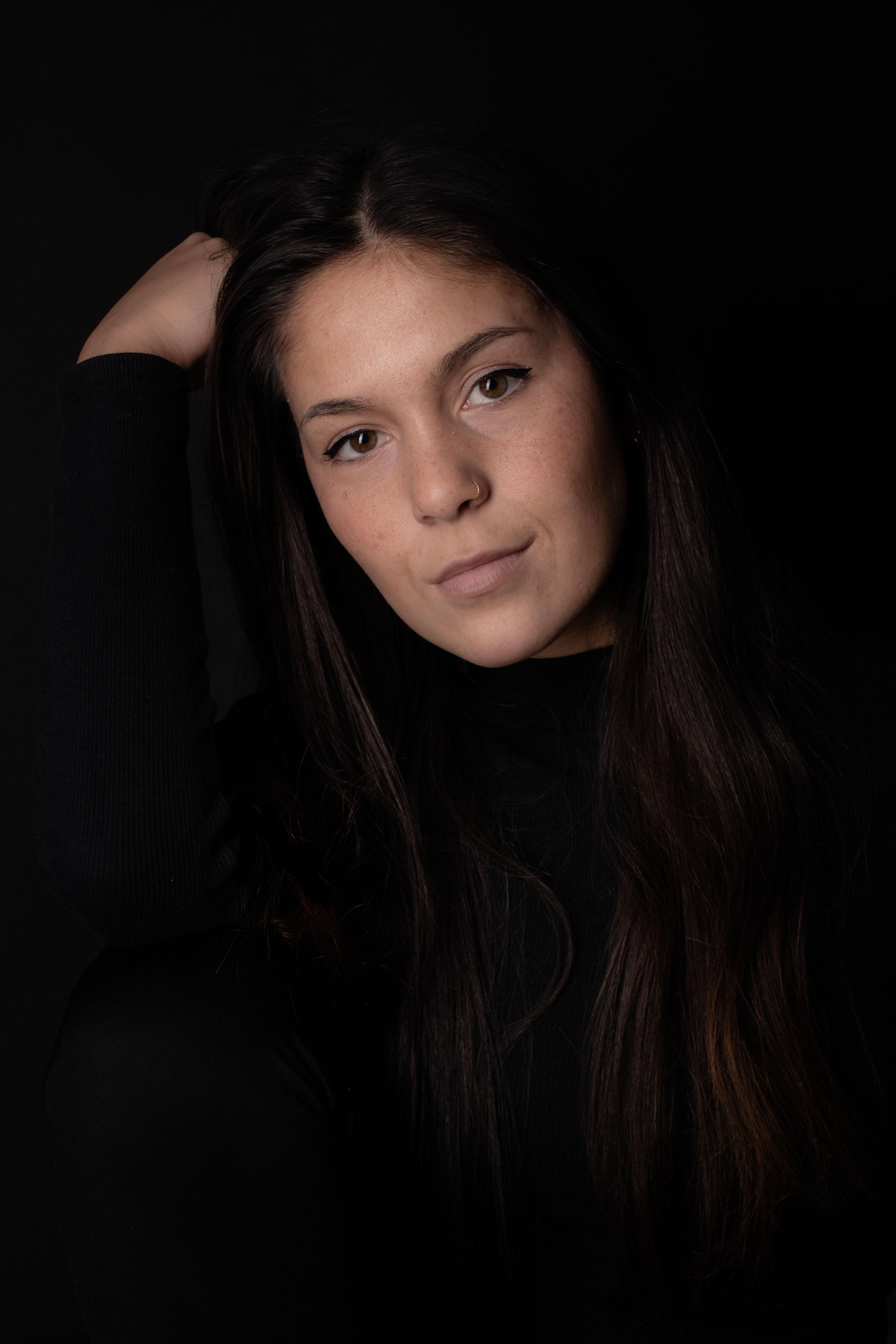 LWP | Portretfotografie | Studio Assen | Zwarte Achtergrond -65